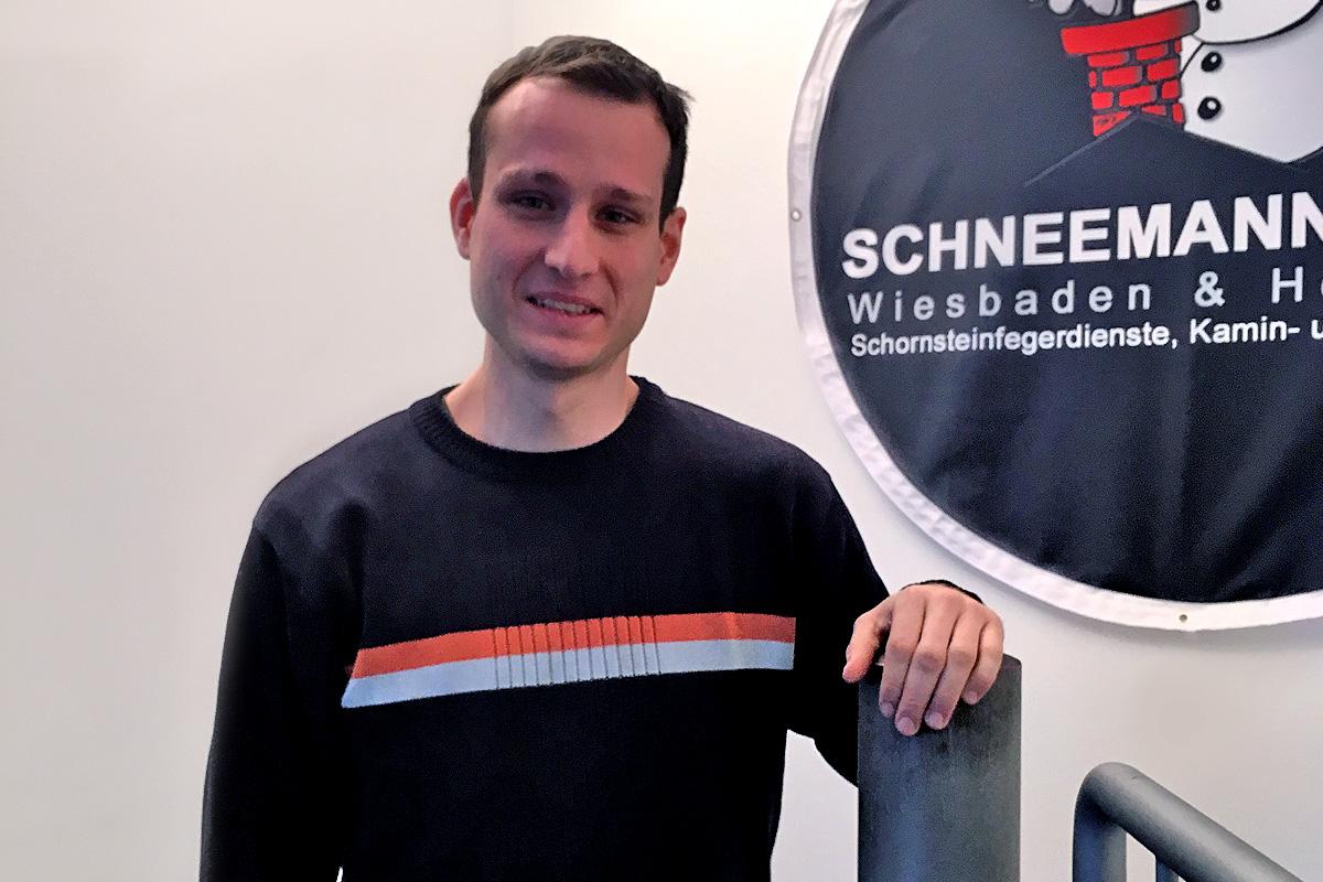 http://www.schneemann.online/wp-content/uploads/2015/04/niklas-stadion-1.jpg